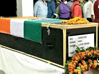 Martyr cremated with state honours in Gorakhpur