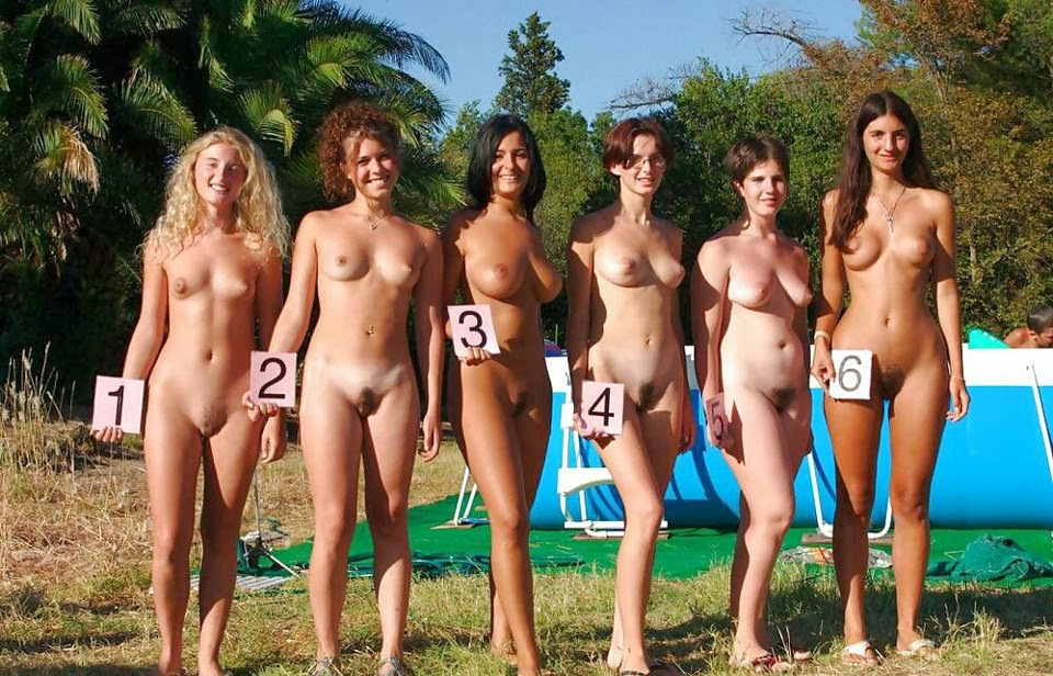 group nude girls