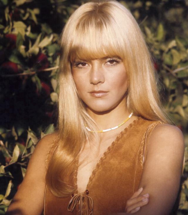 45 Glamorous Photos Of Sylvie Vartan In The 1960s Vintage Everyday