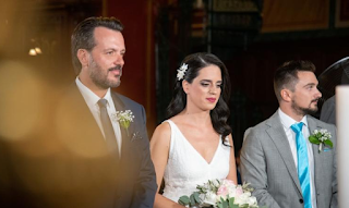 Πάτρα: Η νύφη απαστράπτουσα και ο γαμπρός εθιμοτυπικός – Ο γάμος και οι εικόνες που συζητήθηκαν