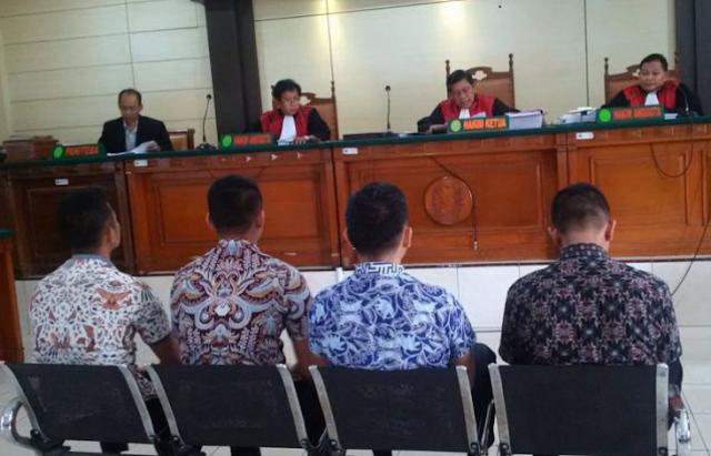 AGEN BOLA - Remaja Penghina Jokowi Divonis 1,5 Tahun