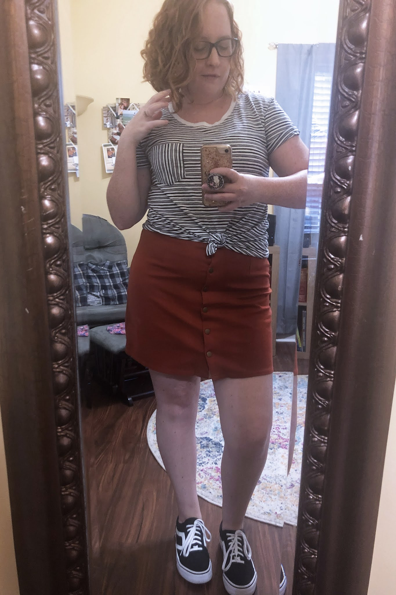 striped tshirt orange skirt