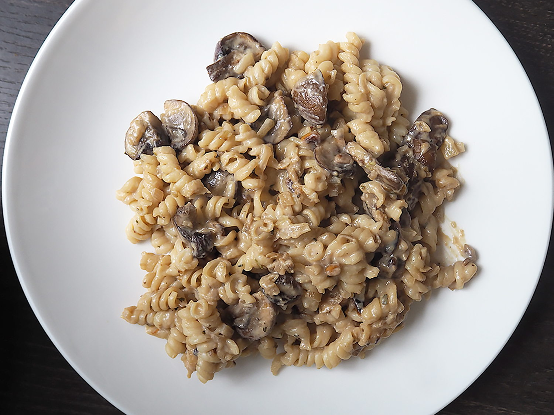 Nudeln mit veganer Pilz-Sahnesoße