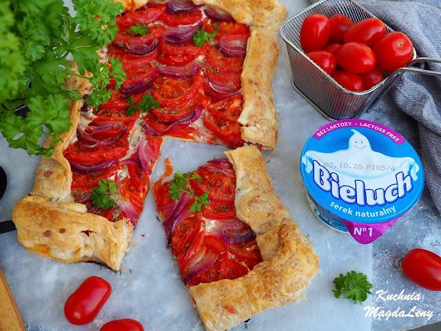 Fit tarta z pomidorami i serkiem Bieluch