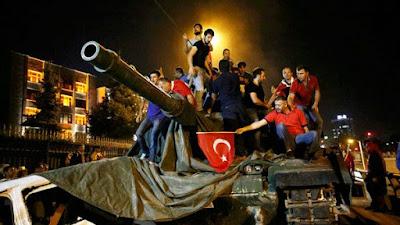 Renungan Pasca gagalnya kudeta militer di Turki.