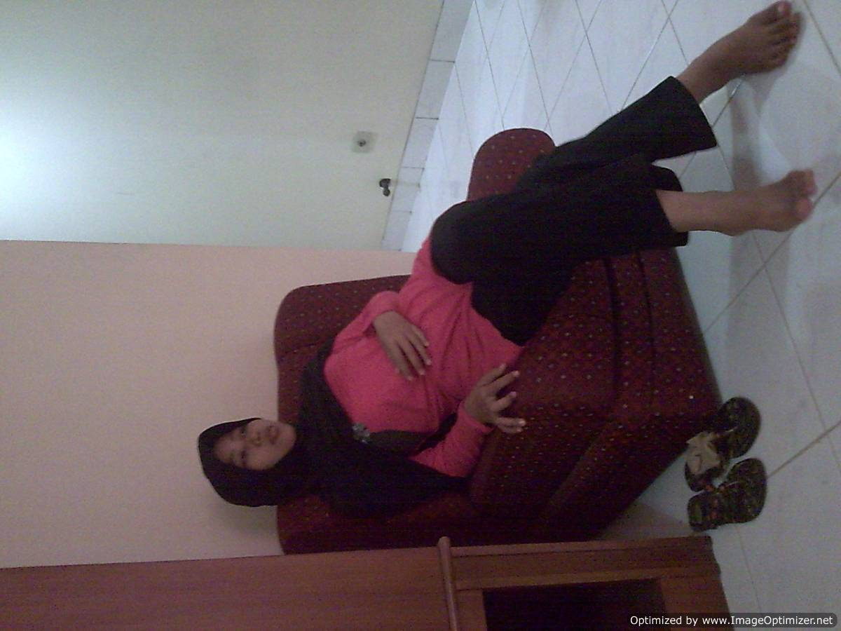 Malay hani milf melayu exhibitionist mandi - 3 part 7