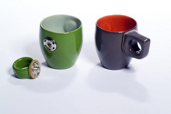 Taza de ceramica con mango que se puede quitar