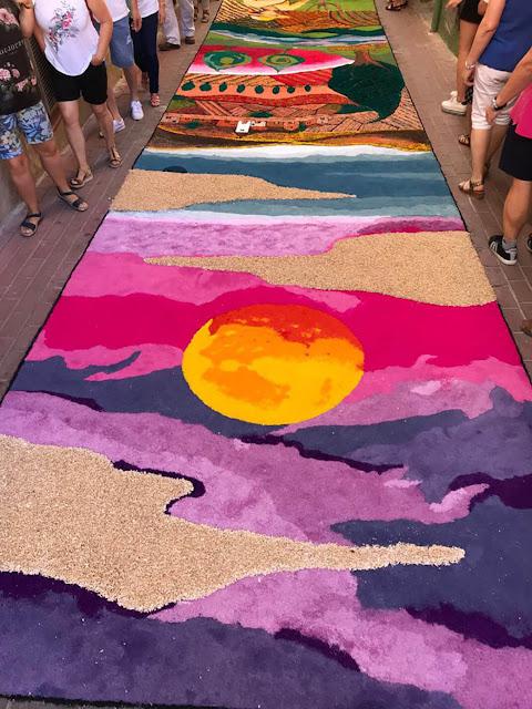 Alfombras de serrín Elche de la Sierra alfombra ganadora
