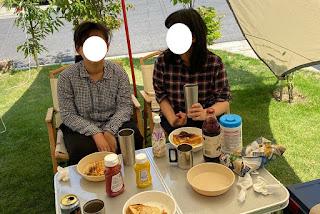 外出自粛で家キャンプ 庭でホットサンド
