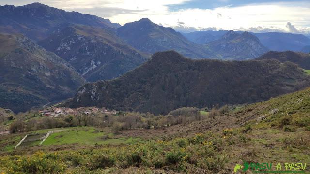 Descenso del Plantón hacia Castañedo del Monte