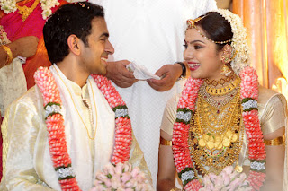 smiling moments of couples Samvritha Sunil and Akhil