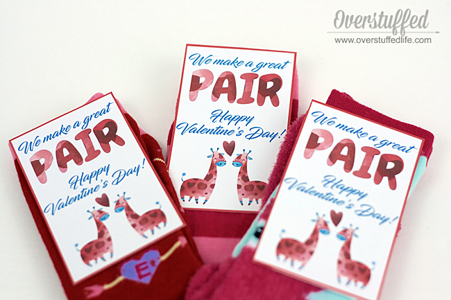 Valentine's Day printable | valentine | valentine socks | We make a great pair | free printable download | classroom valentine idea for kids | DIY Valentine idea