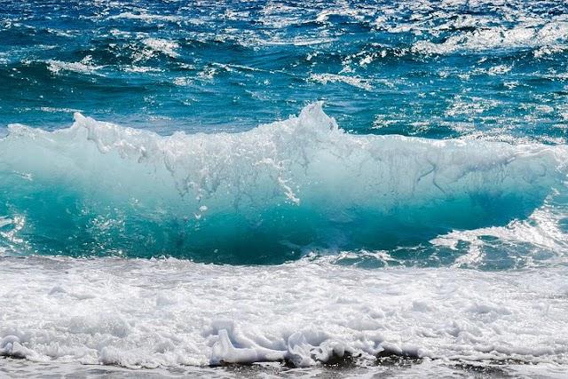 समुद्र का  पानी खारा(नमकीन) क्यों  होता है?