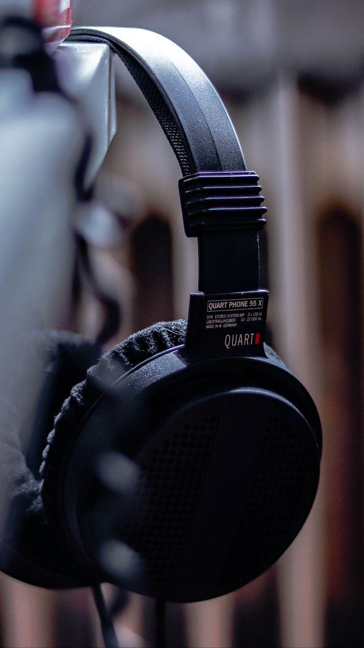 Hinh nen headphones%2B%252817%2529