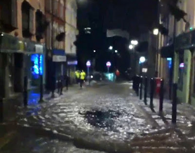 f1 More Than 70 People Are Rescued From Their Homes As Floods Strike Britain News