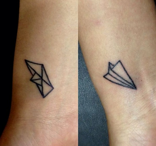 tatuajes amigas de papel
