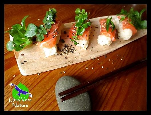 Sushis maison aux plantes sauvages comestibles