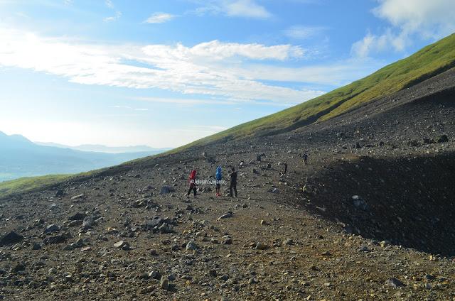 Gunung Lokon 1580 mdpl ©JelajahSuwanto