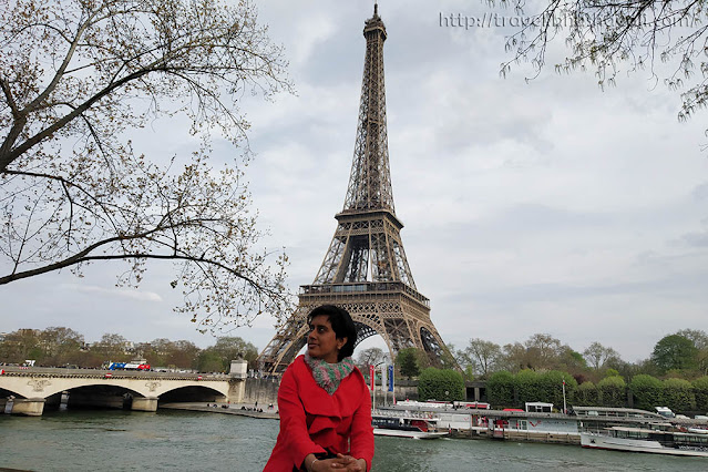 Best place to pose in front of Eiffel Tower in Paris