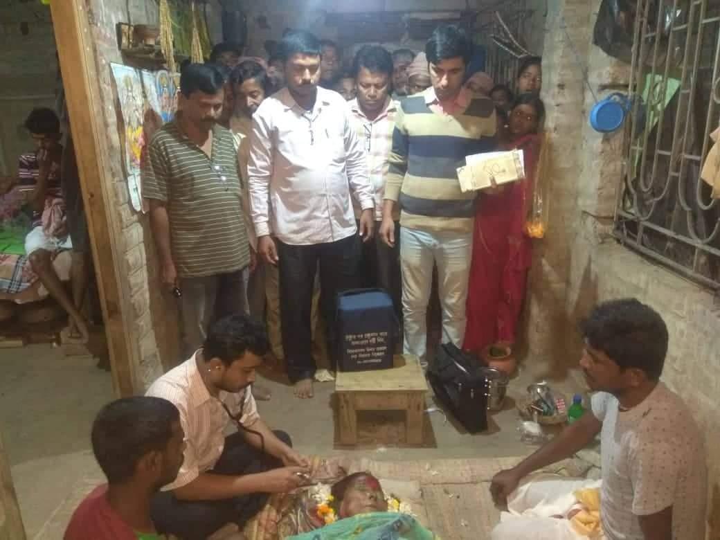 কারও মৃত্যুর খবর পেলে ছুটে যান রিয়েল হিরো 'নয়নমনি' প্রশান্ত 2