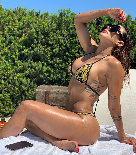 Sonia Isaza Hot & Sexy Pics