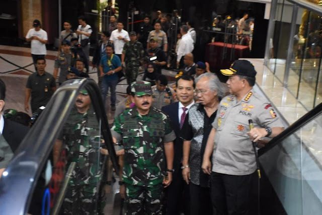 Panglima TNI dan Kapolri Tinjau Pengamanan Ibadah Misa Malam Natal