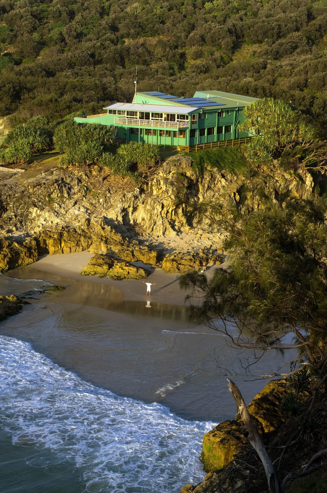 Point Lookout Surfclub at Sunrise Stradbroke Island