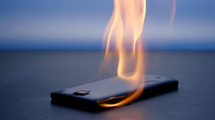 Cara Mengatasi Smartphone Android yang Cepat Panas