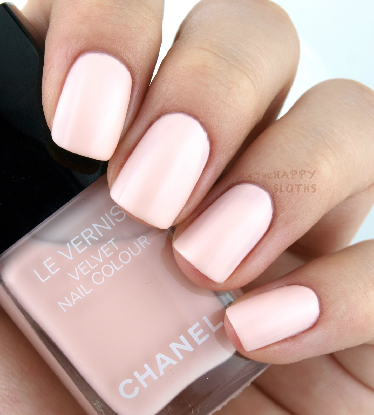 Chanel Holiday 2016 Collection Le Vernis Velvet Pink Rubber Review Swatches