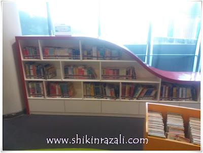 Berpeluang untuk melawat ke Perpustakaan Raja Tun Uda, Shah Alam