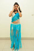 Shreya Vyas latest sizzling pics-thumbnail-2