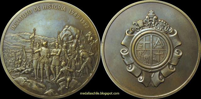 Foto medalla chile inagen santiago universidad catolica