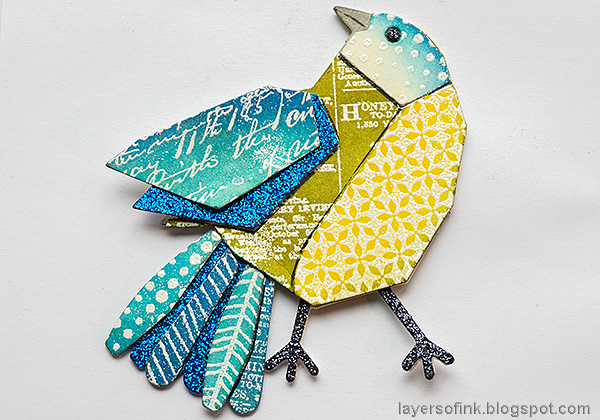 Layers of ink - Mixed Media Bird Tag Tutorial by Anna-Karin Evaldsson. Piece the bird together