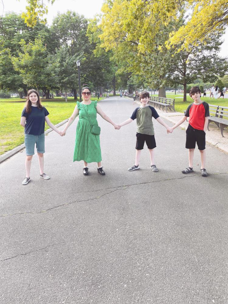 A Vintage Nerd, Vintage Blog, Retro Fashion Blog, J Crew Green Dress, Plus Size Retro Fashion, Retro Lifestyle Blog, 10 Year Blog Anniversary