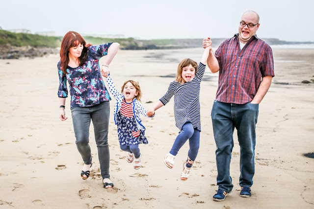 Newcastle photographer, mandy charlton, family portrait photography