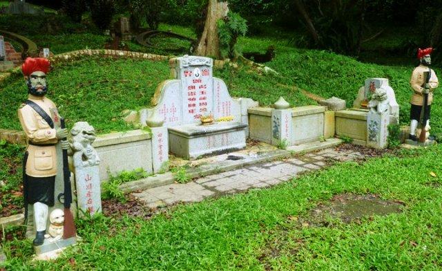 Tempat Wisata Terbaik di Singapura - Pemakaman Bukit Brown