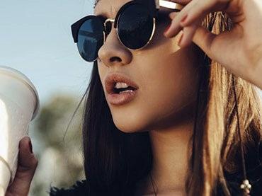 ecf202fbe6e03 A importância do óculos de sol no verão - Jeito de Casa - Blog de ...