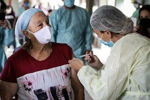 Três dias exclusivos de vacinação na Praça dos Direitos