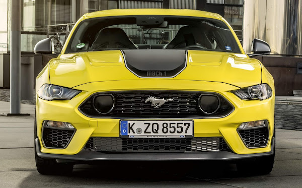 Ford Mustang Mach-1 V-8 começa a ser vendido na Europa