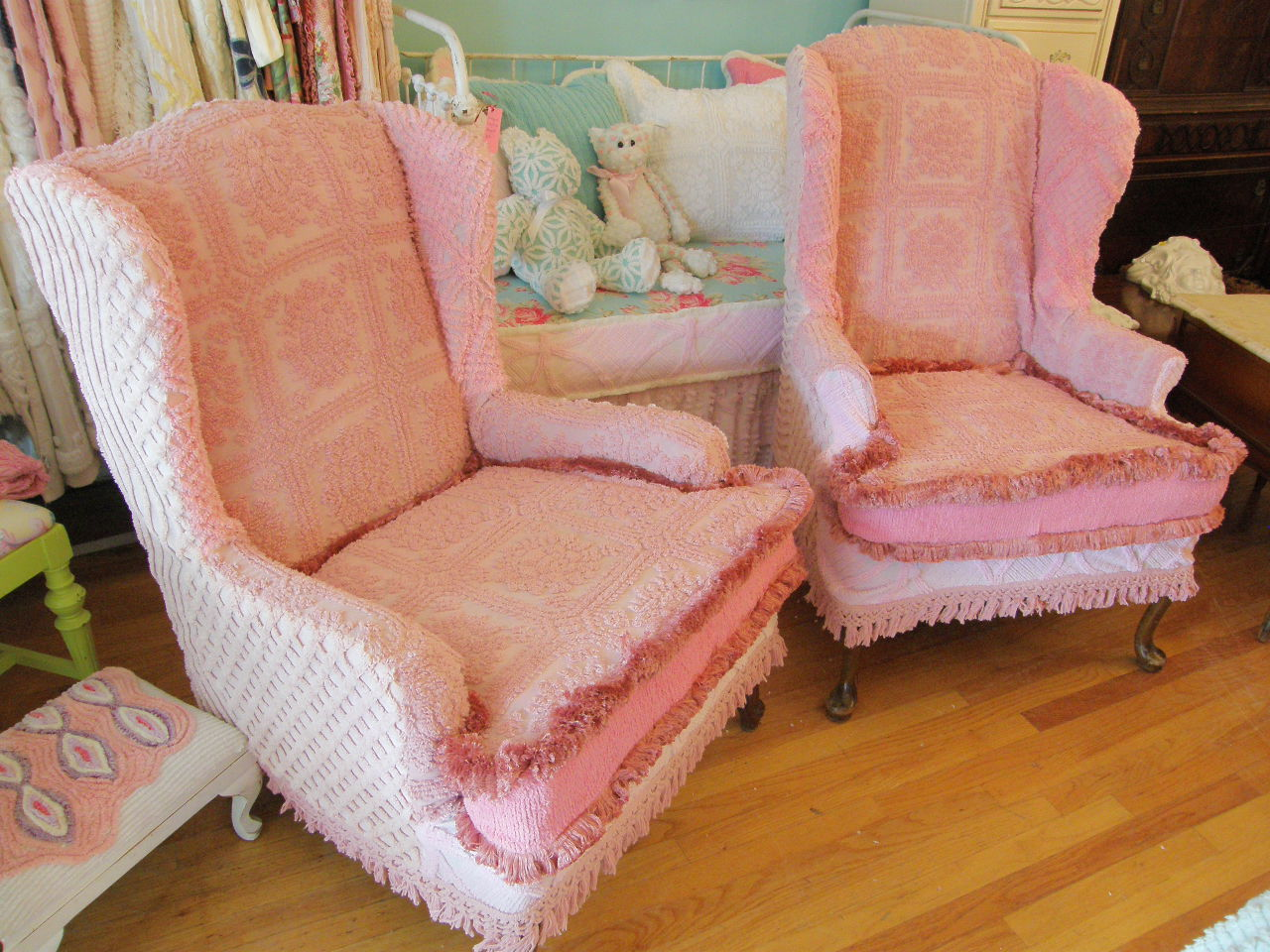 Pink Slipcover Chair Office Mat 45 X 53 Vintage Chic Furniture Schenectady Ny September 2011