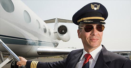 Segredos que os pilotos de avião não contam aos passageiros - Pilotos super-poderoso
