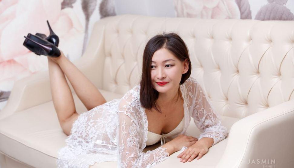 EmiMisis Model GlamourCams
