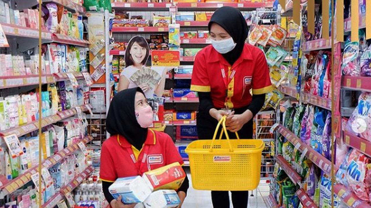 Lowongan Kerja Crew of Store PT. Sumber Alfaria Trijaya Tbk Area Serang