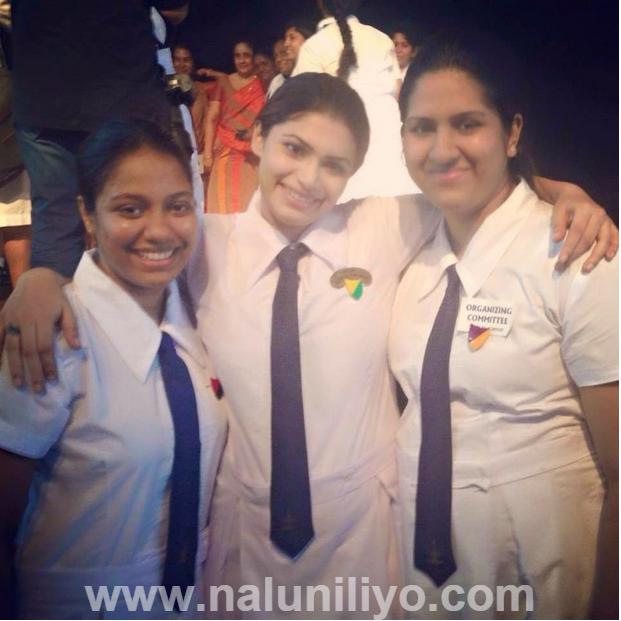 Hirunika Hot Sri Lankan School Girls