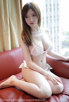 Hot and sexy nude photos of beautiful busty asian hottie chick Chinese model Meizi Mini photo highlights on Pinays Finest Sexy Nude Photo Collection site.