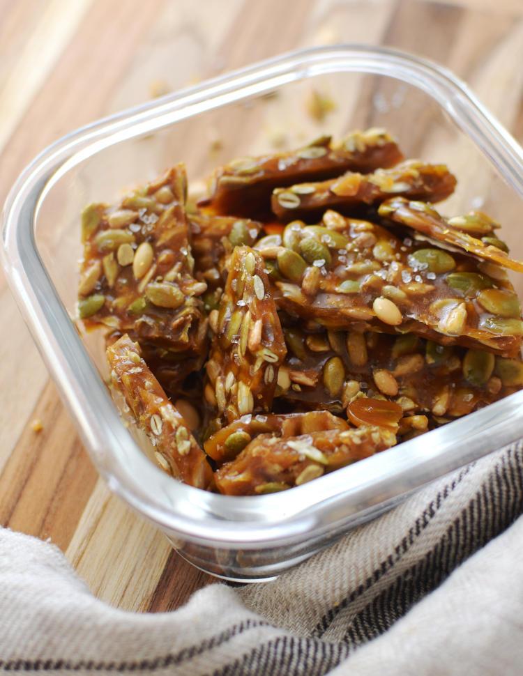Crocanta de semillas se conservan en un envase hermético