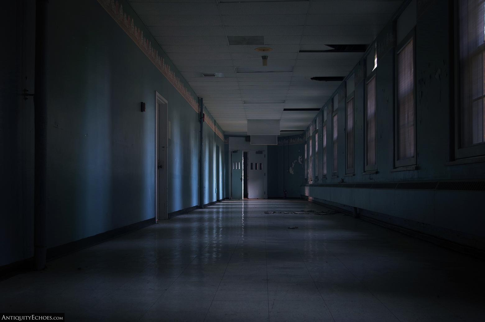 Allentown State Hospital - A Dark Hallway