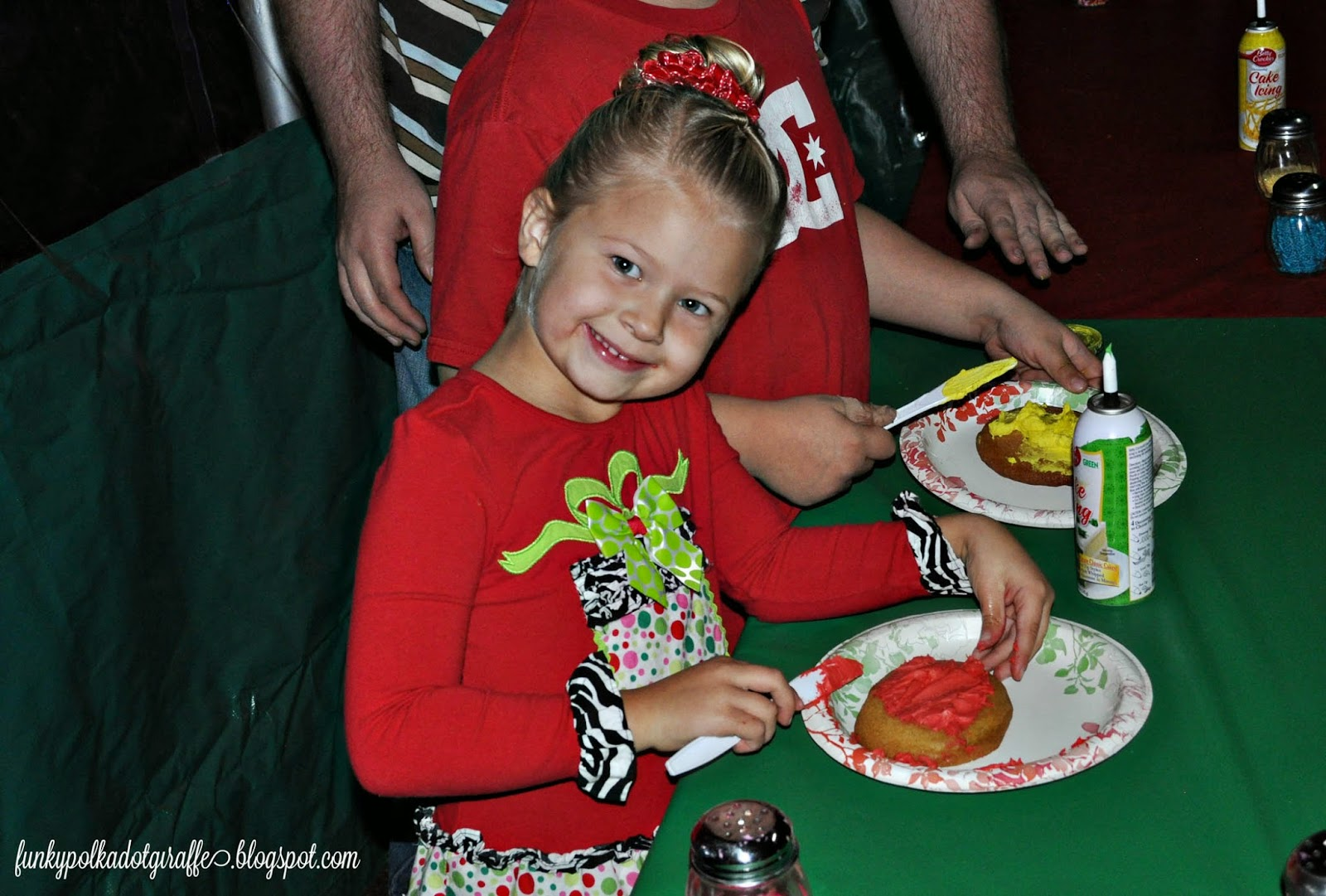 irvine park railroad christmas train cookie decorating