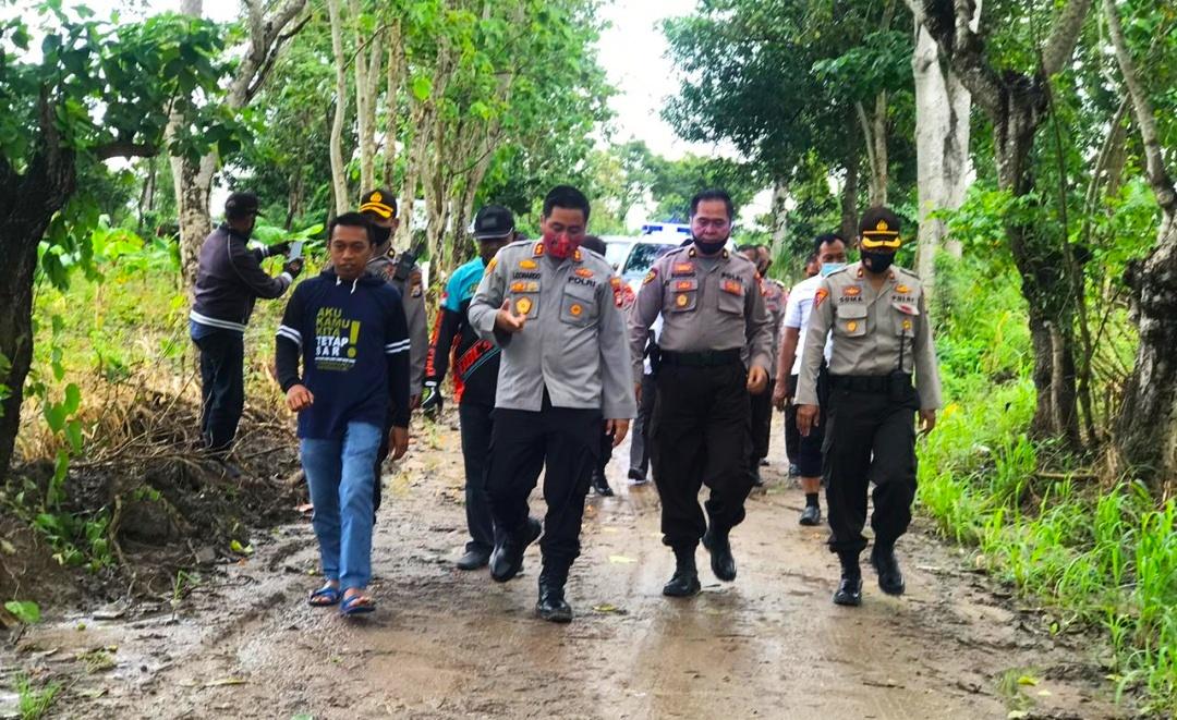 Saat Kapolres Sidrap, AKBP Leonardo Budi Wahyono Berkunjung ke Lokasi Budidaya Porang di Bendoro