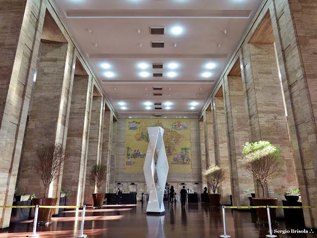 Vista ampla do Salão de entrada Edifício Matarazzo - Prefeitura - Centro - São Paulo